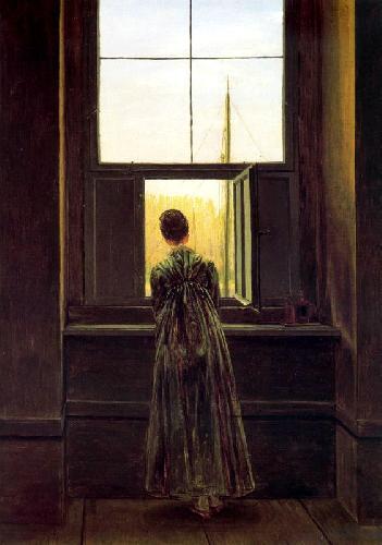 женщина у окна фото