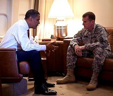 Обама и Маккристал